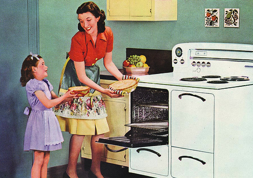 mother-and-daughter-1950s